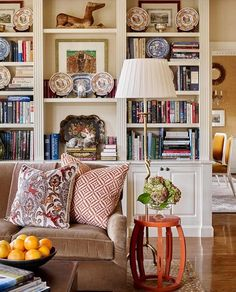 In love with this fully stocked bookshelf!