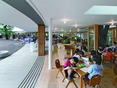 Montessori School Fuji Kindergarten - by Tezuka Architecs Takaharu Tezuka, Kindergarten Design, Early Childhood Centre, Dream School, Montessori Education, Outdoor School, Learning Spaces, Learning Environments, Japanese School