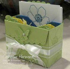 SU Scallop Envelope die box