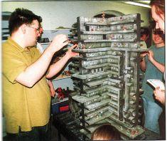 The rumors became truth and the new Games Workshop game is Necromunda. Game Terrain, 40k Terrain, Wargaming Terrain, Necromunda Underhive, Hulk, Modern Game Tables, Warhammer Terrain, Pathfinder Rpg, Dungeons And Dragons Homebrew