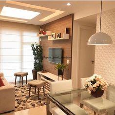 Salas integradas, com paleta de cores sóbrias e atemporal. ✨ - Projeto Cyntia Sabat - - - > Use a… Small Living Room Decor, Home N Decor, Condo Interior, Home Decor, Apartment Decor, Home Deco, Interior Design Living Room, Home Interior Design, Home Decor Furniture