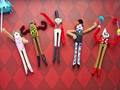 small world land: Traveling Circus in a Suitcase Circus Theme Crafts, Circus Activities, Carnival Crafts, Circus Decorations, Circus Art, Animal Activities, Vbs Crafts, Camping Crafts, Craft Stick Crafts