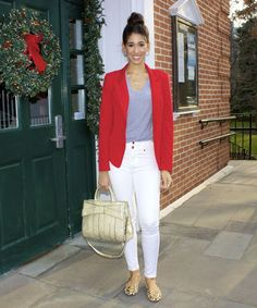 In the Holiday Spirit - The Style Contour christmas outfit idea, holidays, holiday outfit, @nyandcompany red blazer, white pants, gold purse, casual style, @ToryBurch leopard flats