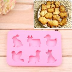 $2.37 Hot Sell Fashion Silicone Cake Cookie Model Plate with 6 Animal Shapes (Pink)