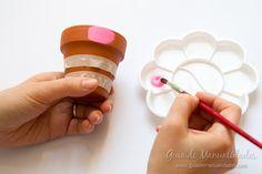 Macetas multicolor para decorar - Guía de MANUALIDADES