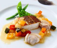 結婚式場写真「魚料理。イタリアンなので、ご親族様にも食べやすい味付け」 【みんなのウェディング】