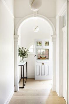 A Contemporary Renovation For This Federation Home In Orange, NSW Edwardian House, Victorian Homes, 1950s House, Interior Architecture, Interior Design, Hallway Designs, Villa, Australian Homes, House Entrance
