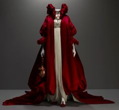 Alexander McQueen. I love this cape so much... From one of his best collections, a visual narrative of a tree in his backyard.