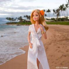 Having a Maui moment soaking up a magical sunset! ⛅️ #barbie #barbiestyle