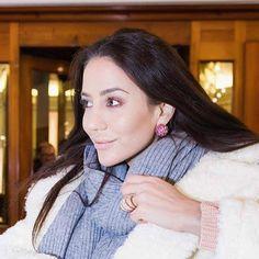 From @degrisogono Experience international luxury FOLLOW US. Exploring #StMoritz last night by horse drawn carriage. @Tamara wore #deGRISOGONO #OndeRing #BouleEarrings  @jeremyspierer #blackbookdegrisogono #luxurytravel #luxurylifestyle @stmoritz http://ift.tt/2ixuLgf