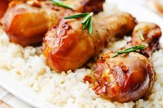 roasted honey soy garlic ginger chicken by Arzamasova. Baked Lemon Garlic Chicken, Baked Chicken Legs, Pre Cooked Chicken, Chicken Drumstick Recipes, Garlic Chicken Recipes, Honey Chicken, Yum Yum Chicken, Chicken Glaze, Honey And Soy Sauce