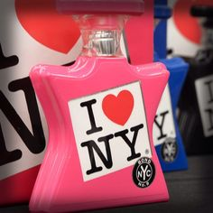 I LOVE NEW YORK – Easy to wear. Easy to love. A luxury eau de parfum collection from Bond No. 9, inspired by the entire State of New York. 😍❤