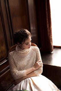 ropes of pearls like a scarf look amazing with texture of the sweater - very cool Daalarna Couture 2015 Wedding Dresses — Pearl Bridal Collection 2015 Wedding Dresses, Wedding Gowns, Wedding Dressses, Party Dresses, Couture 2015, Mod Wedding, Looks Style, Up Girl, Bridal Collection