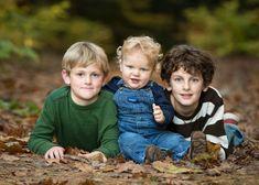 Sibling Photography Poses, Sibling Photos, Children Photography, Family Photography, Portrait Poses, Portrait Photo, Boy Pictures, Family Pictures, Family Posing