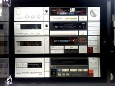 Akai-Videoton torony Hifi Stereo, Hifi Audio, Cool Gadgets, New Gadgets, Audio Rack, Hi Fi System, Audio Design, Retro Radios, Record Players