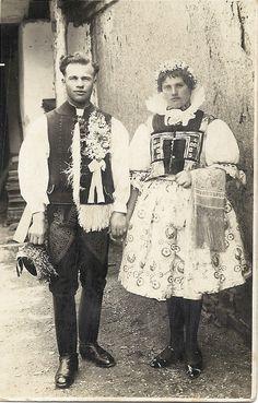 Ženich a nevěsta z Horního Němčí, 30. roky 20. století
