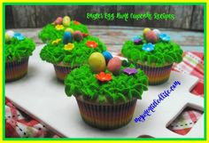 Easter Egg Hunt Cupcakes #12DaysOf
