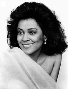 Kathleen Battle..... this woman is incredible! :) :) If anyone were to have an angelic voice... it would have to be here.