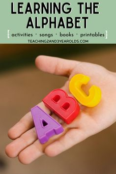 27 awesome ways to teach the alphabet to preschoolers - no flash cards required! Easy and hands-on ideas! at home literacy activities preschool Alphabet Activities, Literacy Activities, Preschool Activities, Teaching The Alphabet, Alphabet Book, Preschool Curriculum, Preschool Classroom, Homeschooling, Classroom Ideas