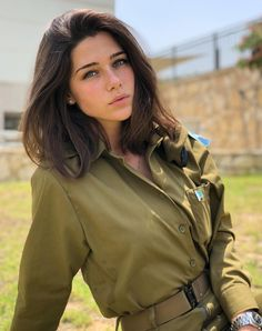 📷 Photo by Beauty will save the World  Idf Women, Military Women, Brave Women, Real Women, Israeli Female Soldiers, Israeli Girls, Outdoor Girls, My Kind Of Woman, Army Uniform