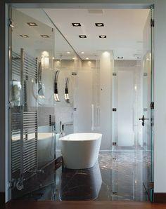 Banheiros modernos por Davide Rizzo