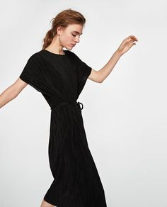 Image 5 of PLEATED TUNIC WITH BELT from Zara