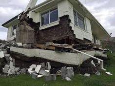 a home near Kaikoura. By the massive Earthquake 14 November South Island, New Zealand. Earthquake Damage, Earthquake And Tsunami, New Zealand Earthquake, Hurricane Storm, Christchurch New Zealand, Maori People, Architectural Engineering, Outside World, South Island