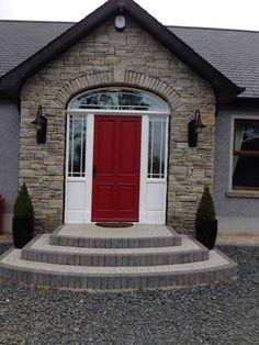 Distinguished coordinated apartment porch idea Complete our survey Dormer House, Dormer Bungalow, Exterior Tiles, Exterior Design, Building A Porch, Building A House, House Front Porch, Brick Porch, Front Door Steps