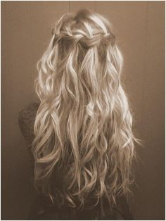 Trendy Haircuts: 10 Amazing Braided Hairstyles for Long Hair