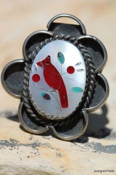 Vintage Southwestern Zuni Style 925 Sterling Silver Mother of Pearl Inlay Cardinal Ring
