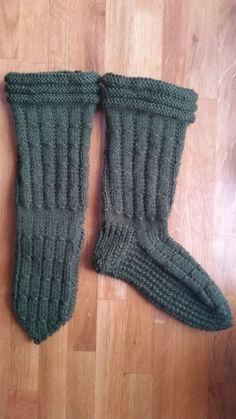Warm woolenstockings wool socks with soft base digital instruction pattern /Kotoilusukat villasukat pehmeällä pohjalla digitaalinen ohje