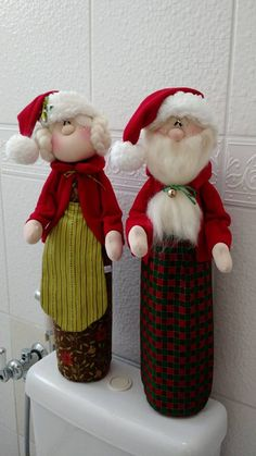 Snowman Christmas Decorations, Christmas Ornament Crafts, Christmas Snowman, Winter Christmas, Christmas Time, Holiday Decor, Christmas Wall Hangings, Hobbies And Crafts, Decor Crafts
