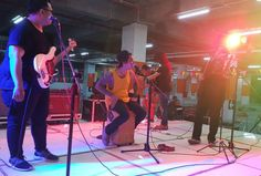NOW SHOWING Yefta James ft Mussa Band at poison markt carnival @lippoplazajogja_official