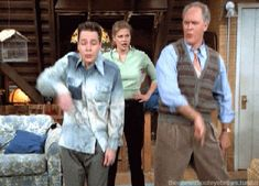3rd Rock from the Sun (1996–2001)    The Best 90s Sitcoms As Told Through Gifs