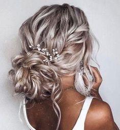 43 most popular half up half down curly hairstyles 36 – JANDAJOSS. Wedding Hair Side, Elegant Wedding Hair, Wedding Hair Pieces, Wedding Hair And Makeup, Trendy Wedding, Long Curly Wedding Hair, Straight Wedding Hair, Prom Hair Updo Elegant, Wedding Up Do
