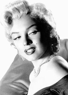 Marilyn Monroe www.ourmarilynmonroe.co.uk