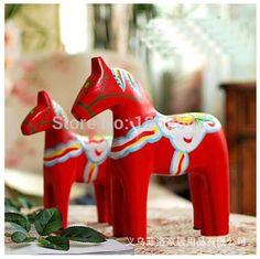 Rojo 2pcs/set dala escandinavos caballo de madera decoraciones de la tabla de madera manualidades adornos regalo de su elección