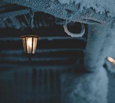 Even though it's dark and cold there is always a shade of light. by hannes_b… Obwohl es dunkel und kalt ist, gibt es immer einen Schatten von Licht. Story Inspiration, Writing Inspiration, Narnia, Performance Artistique, Pen & Paper, Nos4a2, Until Dawn, Yennefer Of Vengerberg, Labyrinth