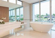modern marble bathrooms | AQUATEK vaňa z akrylátu DENVER 180x90 cm
