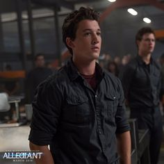 Miles Teller is unsure if he will return to end the Divergent film franchise when it moves from a planned theatrical release to TV screens. Stars Shailene Woodley and Ansel Elgort have both said that… Peter Divergent, Divergent Trilogy, Divergent Fandom, Tfios, Veronica Roth, Shailene Woodley, Theo James, Film D'action, Divergent Insurgent Allegiant