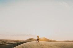 Embrace Wild Love – 20 Breathtaking Desert Engagement Photos We Love! Vintage Wedding Photography, Wedding Photography Styles, Documentary Wedding Photography, Couple Photography Poses, Types Of Photography, Engagement Photography, Portrait Photography, Unique Engagement Photos, Engagement Couple