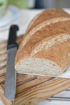 Pan integral de espelta, crujiente por fuera y suave por dentro.  www.cocinasalud.com