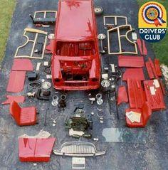 mini wagon in pieces Classic Mini, Classic Cars, Soap Box Cars, Red Mini Cooper, Automobile, Mini Copper, Bmw, Mini Photo, Mini Stuff