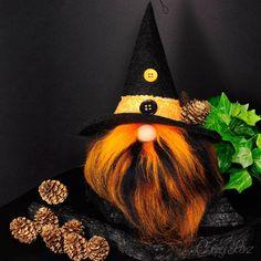 Herbst & Halloween Wichtel | Hallo-Weeny | Höhe ca. 25 cm | handgenäht | Unikat Kobold, Gnome, Orange, Christmas Ornaments, Holiday Decor, Fall Halloween, Dwarf, Hand Sewn, Nice Things