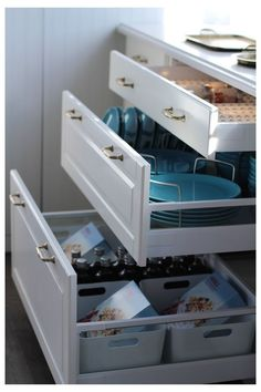 My IKEA Sektion Kitchen! - Jillian Harris Yes- drawers vs cupboards for organization and easy to get things out of - Jillian Harris Ikea Sektion Kitchen Ikea Kitchen Drawer Organization, Ikea Kitchen Drawers, Ikea Drawers, Kitchen Storage Hacks, Ikea Kitchen Cabinets, Kitchen Furniture, Cabinet Organizers, Kitchen Makeovers, Furniture Stores