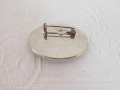 Vintage silver plated brooch with opalite stone (R60)