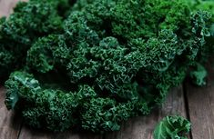 Bilal's EasyKale® is the superfood powder that makes healthier eating easier. Widely recognized for its health benefits, Bilal's EasyKale® lets you quickly add kale to soups, smoothies, entrees—any meal, every day! Testosterone Boosting Foods, Boost Testosterone, Lower Ldl Cholesterol, Cholesterol Levels, Superfoods, Dieta Dash, Prevent Heart Attack, Fatty Fish, Cardiovascular Health