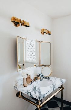 Amazing Bathroom Mirror Design Ideas For Every Style - Home Design Ideas Bathroom Mirror Design, Bathroom Interior Design, Interior Decorating, Bathroom Goals, Bathroom Ideas, Bathroom Marble, Waterworks Bathroom, Modern Interior, Marble Bath