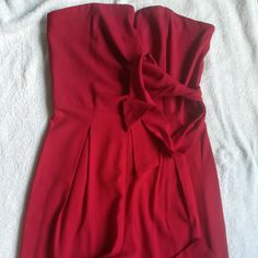 Boob tube jumpsuit, Red in colour, size Worn a few times. Save The Planet, Selling Online, Second Hand Clothes, Boobs, Tube, Jumpsuit, Boutique, Stuff To Buy, Shopping