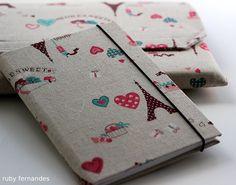 Caderno encapado com tecido da Ruby Fernandes♥